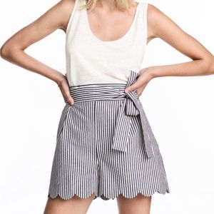 H&M Shorts High Waist Scalloped Striped US 6